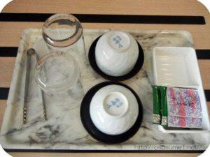 湯呑とガラスコップ