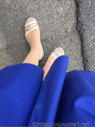 クロックス イザベラ ワラチェ 2.0 フラット ウィメンを外で履きました。